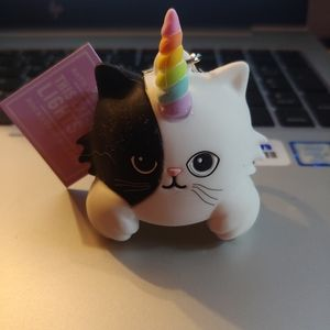 Caticorn pocketback